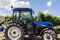 New Holland T4060F Awarded Tractor of the Year