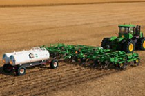 John Deere Introduces New Anhydrous Applicator