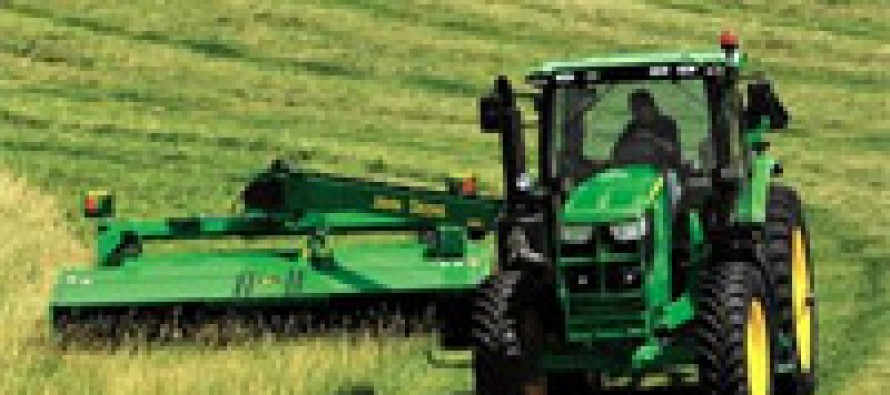John Deere Adds Small-Frame Models to 6R Series