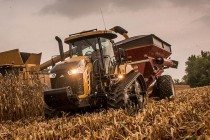 Challenger Updates E Series of Tractors for 2016