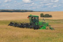 John Deere Unveils W155 Self-Propelled Windrower with Final Tier 4 Engine