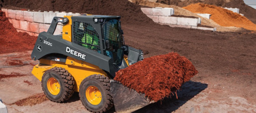 John Deere Adds New Light Material High-Capacity Buckets for Skid Loaders